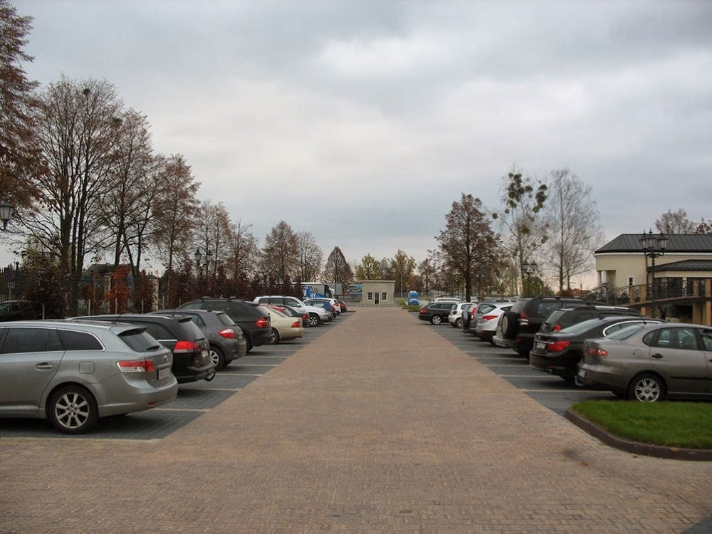 Lider Parking Niebieski Modlin