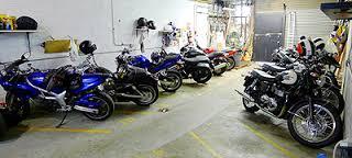 Zimowanie motocykli, motogaraż